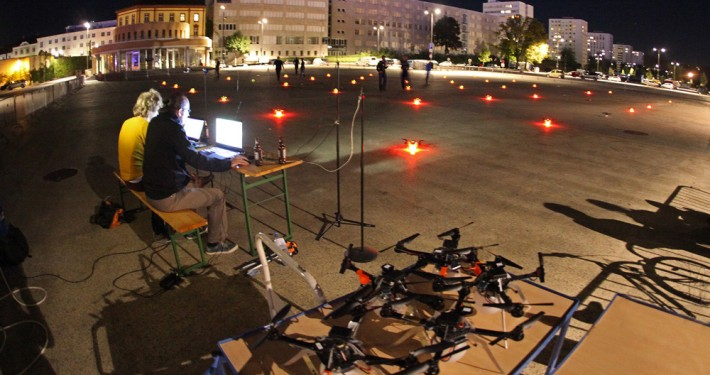 News-IMG_9734-AEC-Drohnen-Klangwolke-Urfahr_COPYRIGHT_Gregor_Hartl_web-710x375