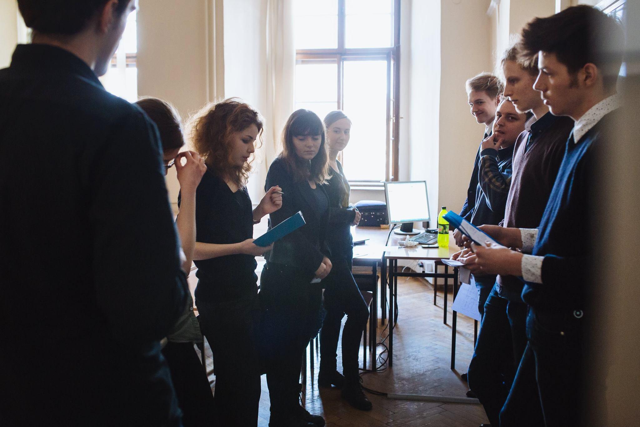 """Gdynia: Druga debata z cyklu """"Drony na horyzoncie – nowe technologie w polskiej armii"""". [25.04.2015]"""