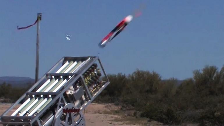 LOCUST – drony obserwacyjno-uderzeniowe działające w roju.