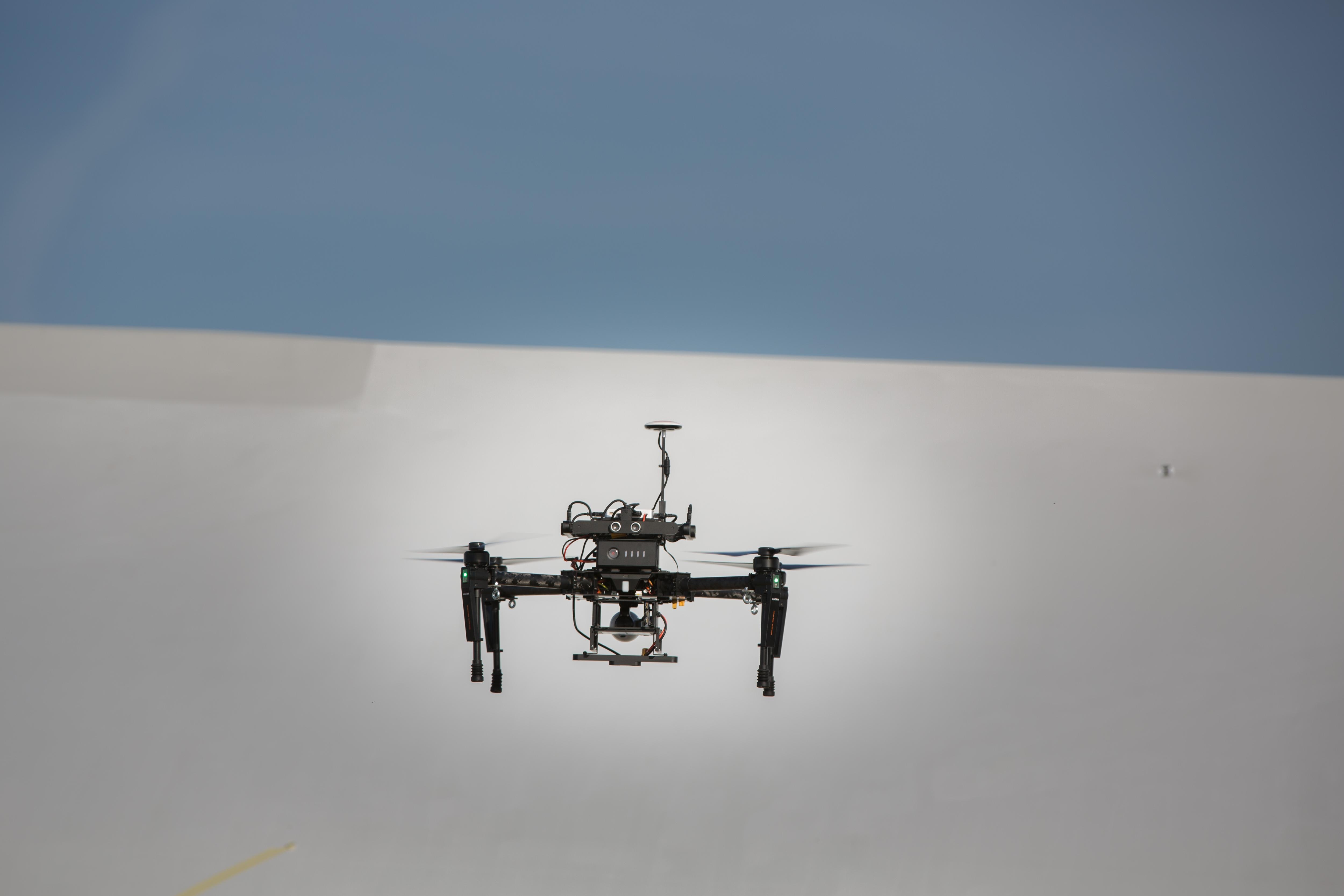 Lufthansa Aerial Services podpisuje umowę z producentem dronów, firmą DJI