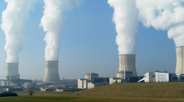 Niezidentyfikowane drony podejrzały sobie z bliska francuskie elektrownie atomowe