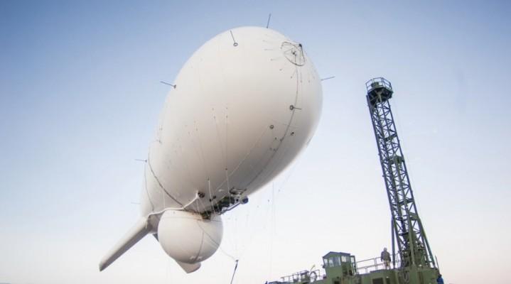 Potężne sterowce z radarami patrolują Waszyngton. Wykrywają m.in. obce drony!
