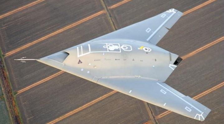 UCAV Dassault nEUROn zakończył pierwszy etap testów w locie sukcesem.